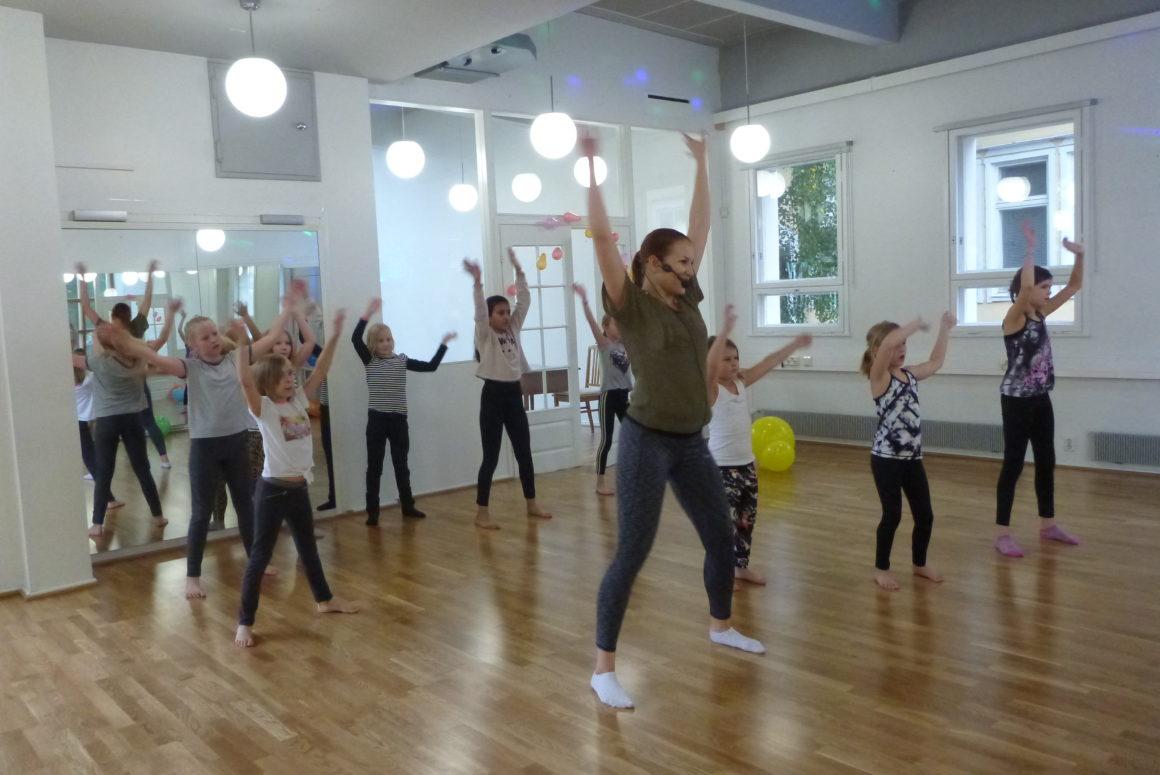 Lasten tanssitunnit alkavat 23. elokuuta