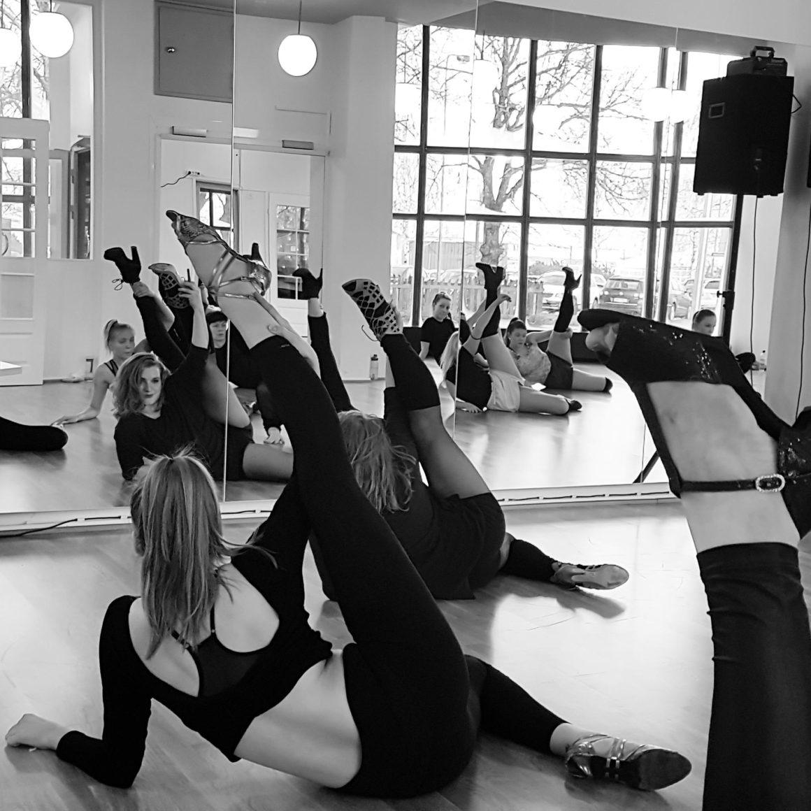 Pauliina Latvan workshopeissa nykytanssia, showjazzia ja Heels lauantaina 3.2.