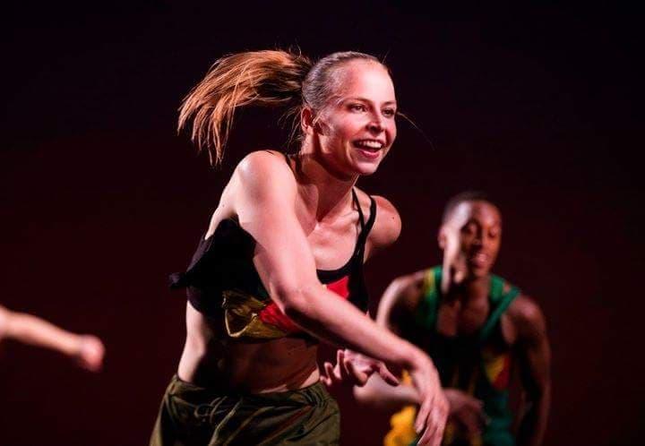 Upea tanssin ammattilainen, Elina Valtonen, saapuu jälleen Flamaan pitämään workshoppeja lauantaina 15. joulukuuta!